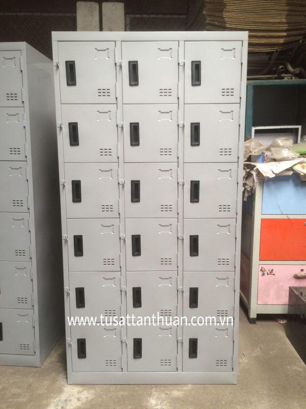 Tủ locker 18 ngăn 3 khoang 18C3K