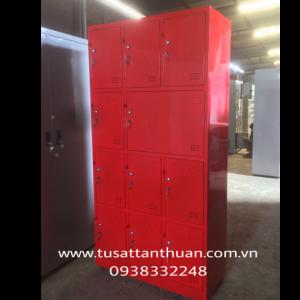 Tủ locker 11 ngăn 3 khoang màu đỏ TYC11C3K