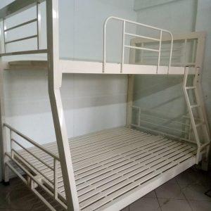 giường tầng lệch hộp 48