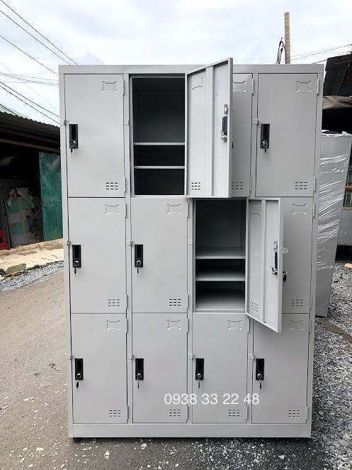 Tủ locker 12 ngăn 4 khoang ngăn trong 12C4K-3NT