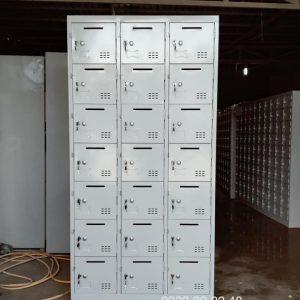 Tủ locker 21 ngăn 3 khoang 21C3K-TT